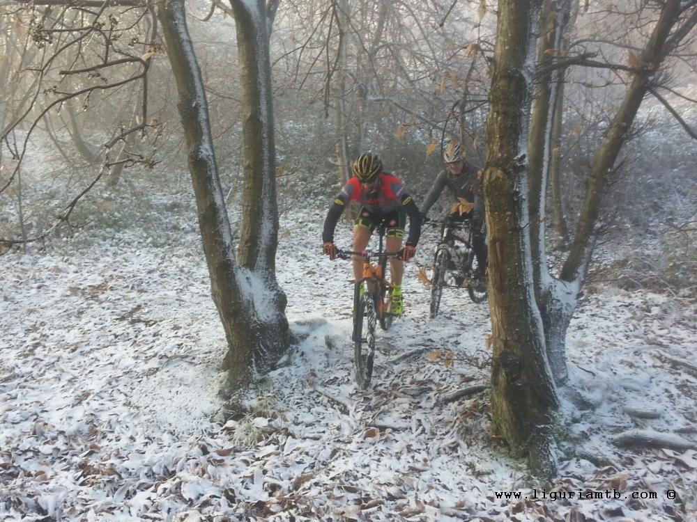 liguria-mtb-costa-fontanini-neve-1