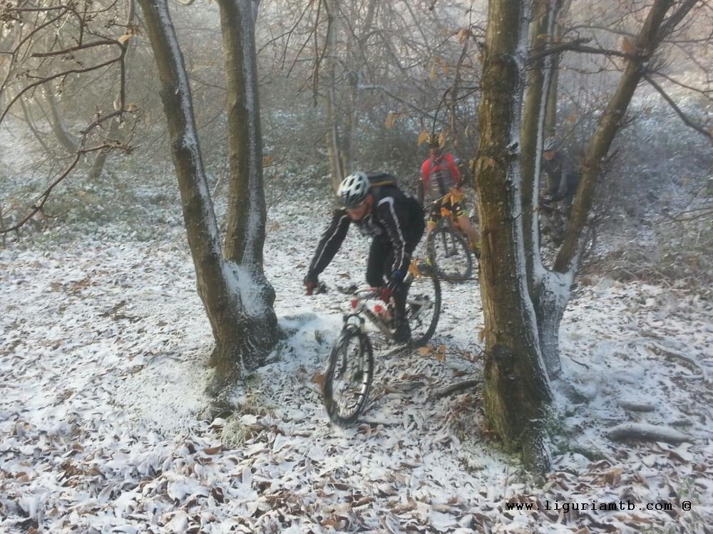 liguria-mtb-costa-fontanini-neve-2