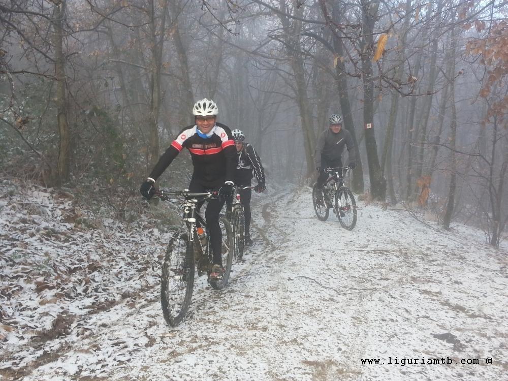 liguria-mtb-costa-fontanini-neve-4