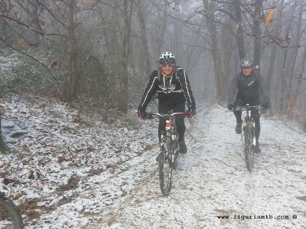 liguria-mtb-costa-fontanini-neve-5